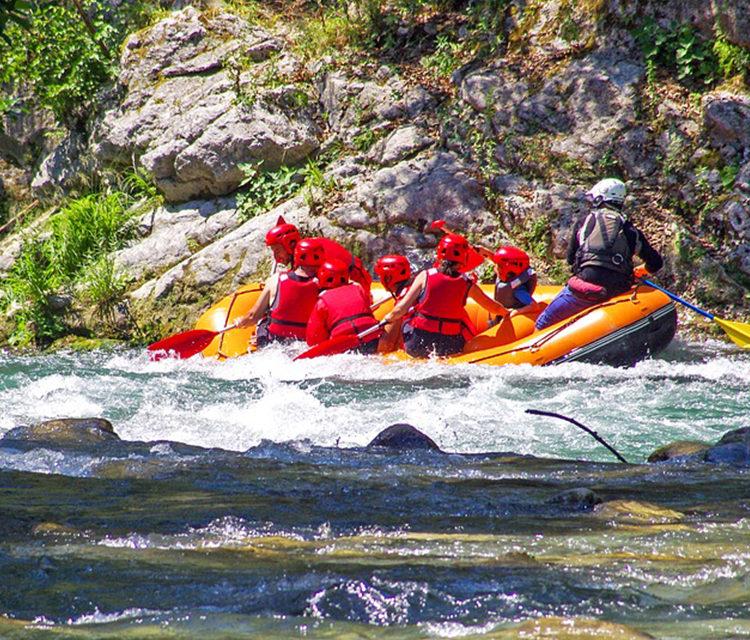 https://www.pugliaescursioni.com/wp-content/uploads/2020/02/lao_rafting-750x640.jpg